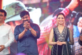 Sye-Raa-Movie-Press-Meet-in-Bangalore-07