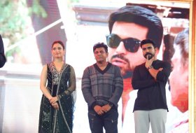 Sye-Raa-Movie-Press-Meet-in-Bangalore-13