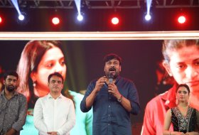Sye-Raa-Movie-Press-Meet-in-Bangalore-14