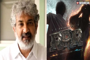 Rajamouli to decide the new release date of RRR