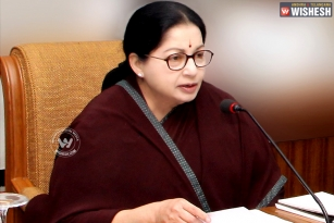 Supreme Court issues notice to Tamilnadu Chief Minister Jayalalithaa