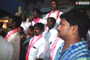 Back to back criticisms on TRS, in Warangal
